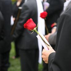 Orta Çağ Avrupası'ndan Günümüze Uzanan Bir Gelenek: Cenazede Siyah Giymek