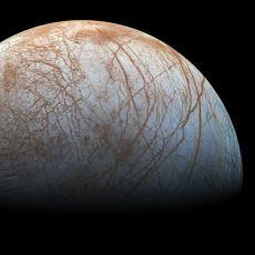 Üzerinde Dünyadaki Bütün Suların Toplamından Daha Fazla Su Bulunduran Uydu: Europa