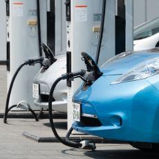 Otomatik Vitesi Piyasadan Silip Süpürmeye Yetecek Bir Güç: Elektrikli Otomobil