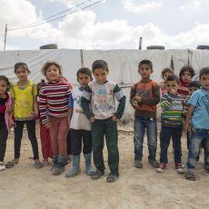 Savaştan Kaçan Suriyeli Mülteciler Neden Bu Kadar Çok Çocuk Doğuruyorlar?