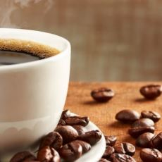 Tarladan Porselen Bardaklara Uzanan Vazgeçemediğimiz Kahvenin Ortaya Çıkış Hikayesi