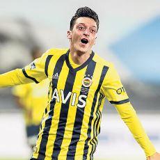 Mesut Özil, Hangi Kadro Düzeniyle Fenerbahçe'de Maksimum Performans Verir?