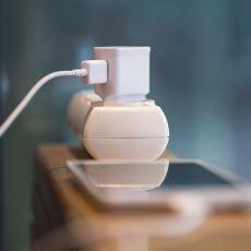 Prizdeki Şarj Aleti, Telefon Bağlı Değilken de Enerji Tüketir mi?