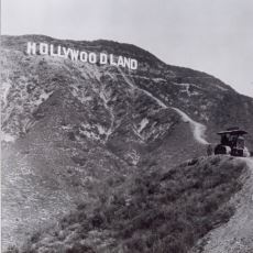 Dünyaca Ünlü Hollywood Yazısının İlginç İnşa Edilme Hikayesi