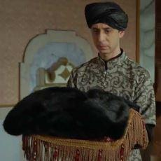 Osmanlı İmparatorluğu'da Ölüm Anlamına Gelen Siyah Hilat Giydirme Geleneği