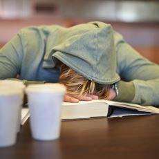 Ders Çalışmamak İçin Yapılan Hareketler Konusunda Kulak Yakan Sınıra Ulaşmış Bir Hikaye