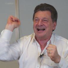 """Vedat Milor'un Ekşi Sözlük """"Soru-Cevap"""" Videosu"""