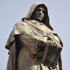 İnandığı Şeyler Uğruna Diri Diri Yakılmayı Göze Alan Cesur Bilim İnsanı: Giordano Bruno