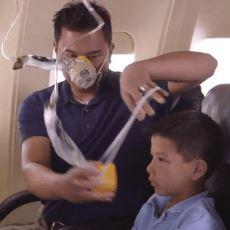 Uçakta Acil Bir Durumda Neden Başkasına Yardım Etmeden Önce Kendi Maskenizi Takmalısınız?