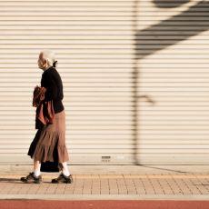 Yalnızlığın Yüksek Olduğu Japonya'da Doğum Günü İçin Aile Kiralanabiliyor Olması