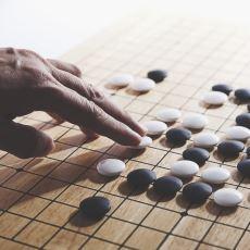 Kendine Has Bir Felsefesi Olan Go Oyunu Nedir, Nasıl Oynanır?