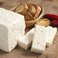 Herkesin Anlayamayacağı Bir Tutku: Bütün Bir Ömrü İyi Beyaz Peynir Peşinde Geçirmek