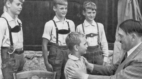 Adolf Hitler'e Dair Son Dönemde Neden Çeşitli Efsaneler Yayılıyor?