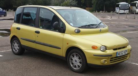 Çoğu Kişiye Göre, Bugüne Kadar Üretilen En Çirkin Araba: Fiat Multipla