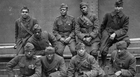 Cesaretlerine Rağmen Amerika'nın Irkçılığına Yenilen Savaş Birliği: Harlem Cehennem Savaşçıları