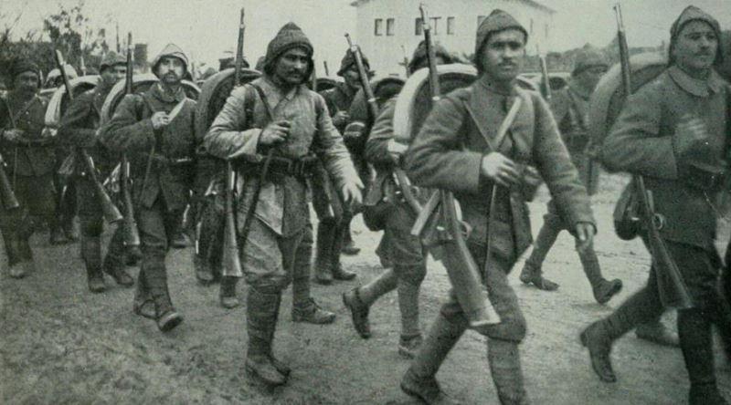 Yüzbaşı Mehmet Tevfik'in Çanakkale Savaşı'nde Ailesine Yazdığı Duygu Yüklü Mektup