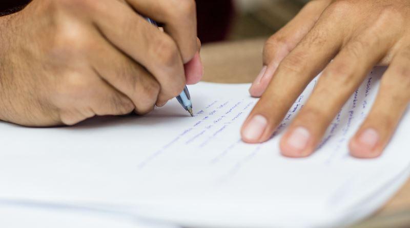essay yazmak eksi
