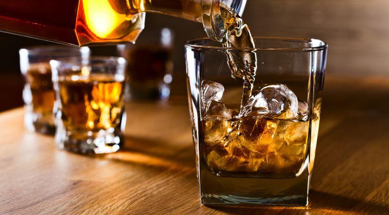 redbul viski ile ilgili görsel sonucu