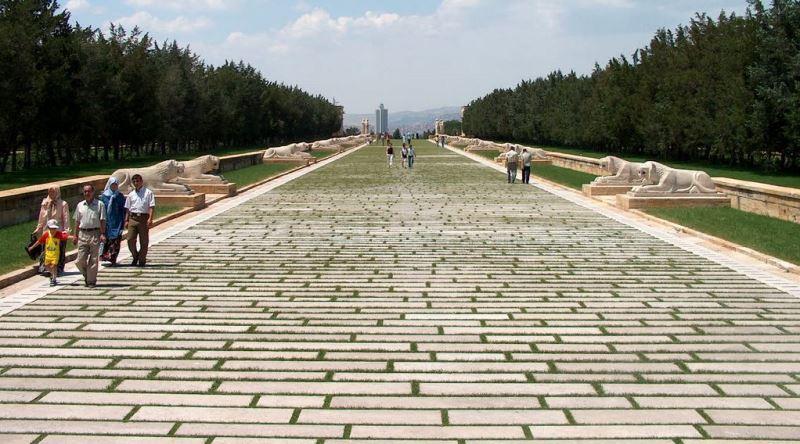 anıtkabir aslanlı yol ile ilgili görsel sonucu